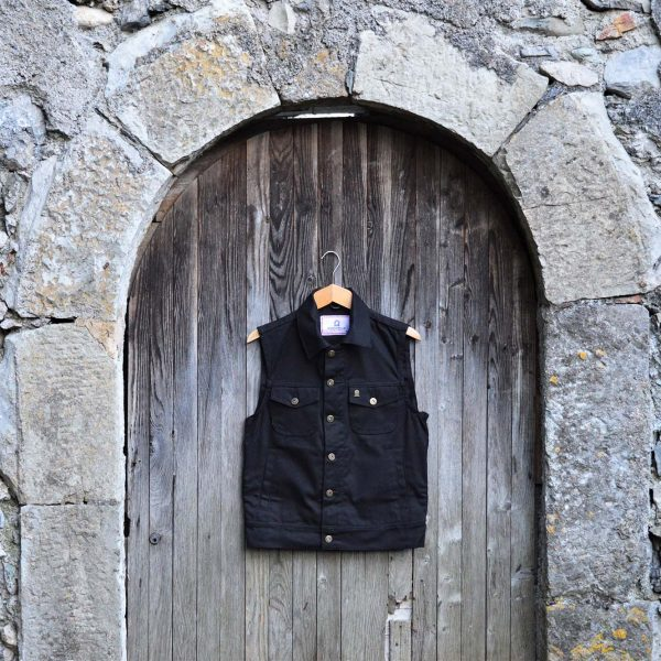 shangri-la-heritage-single-rider-canvas-black-vest-still-life-front