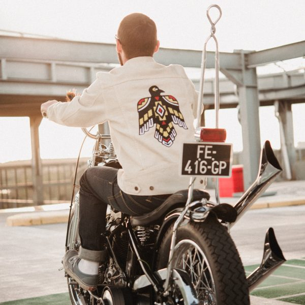 shangri-la-heritage-new-single-rider-sparviero-thunderbird-ivory-canvas-jacket-lifestyle-3