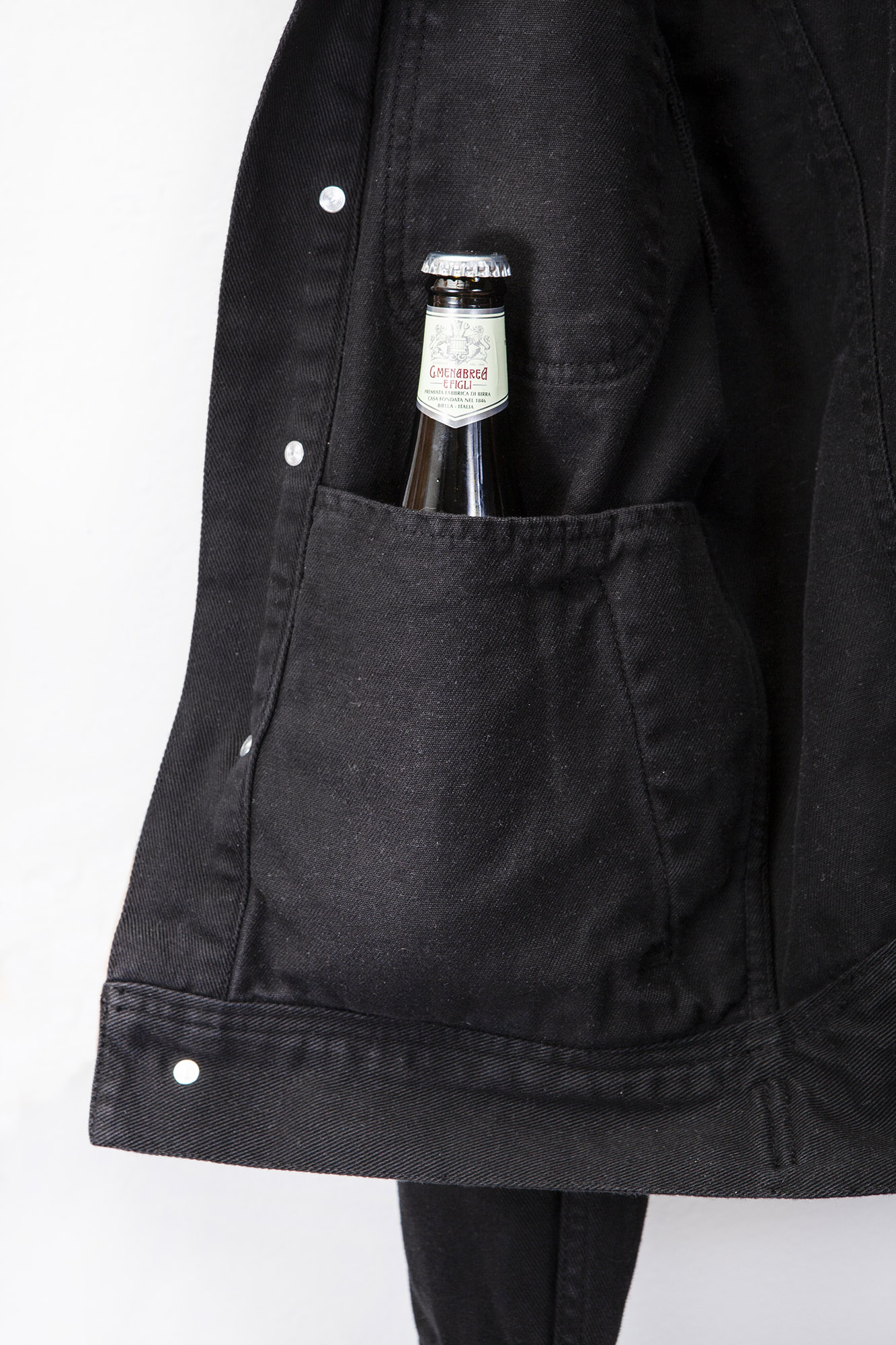 shangri-la-heritage-single-rider-black-canvas-jacket-still-life-inner-pocket