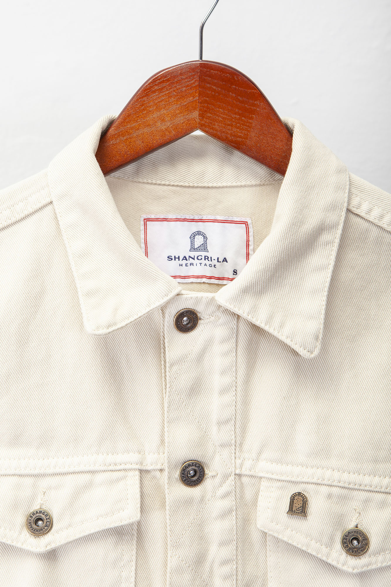 shangri-la-heritage-single-rider-ivory-canvas-jacket-still-life-front-top