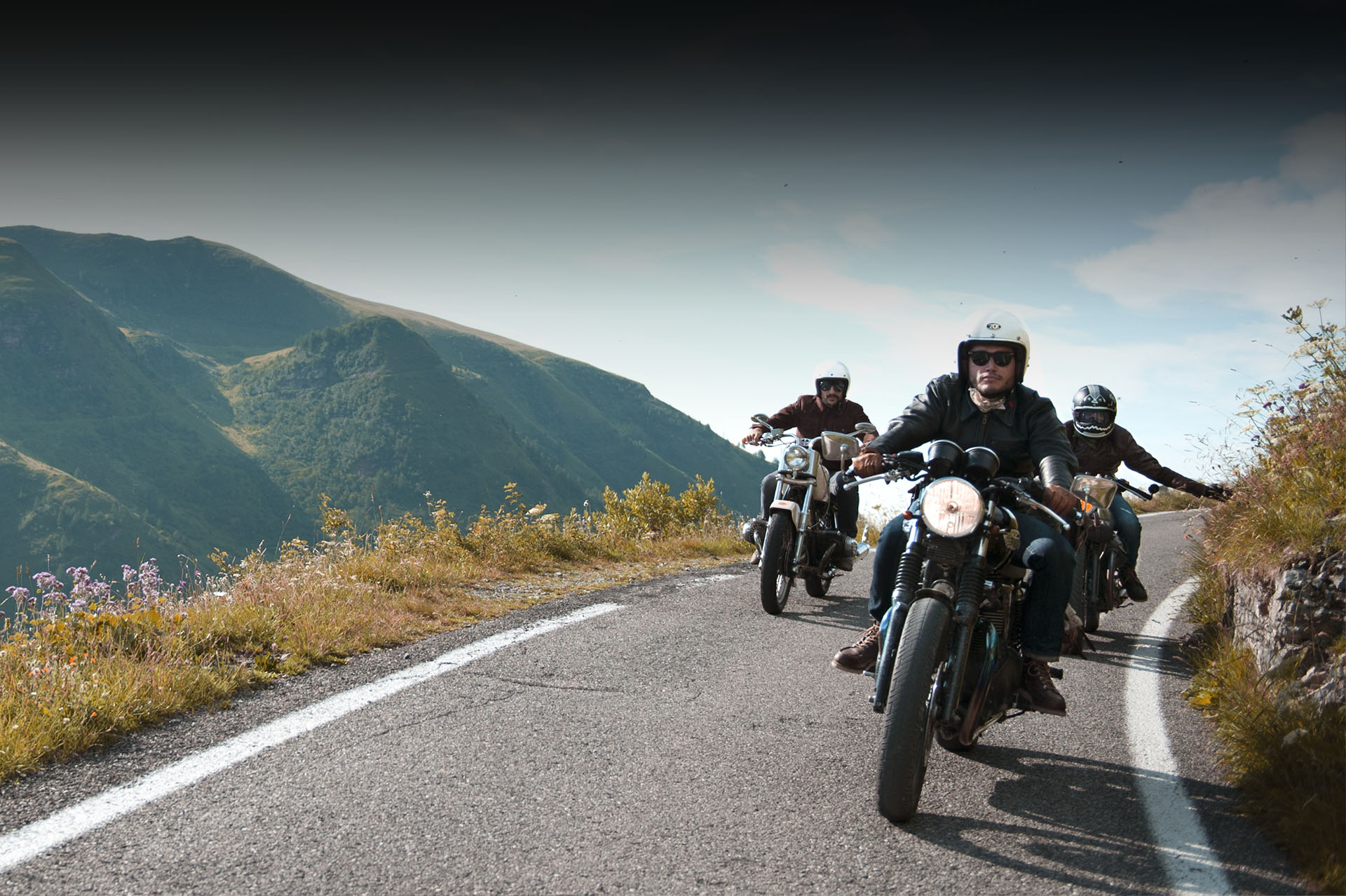 shangri-la-heritage-slider-passo-crocedomini-leather-jackets-roadtrip