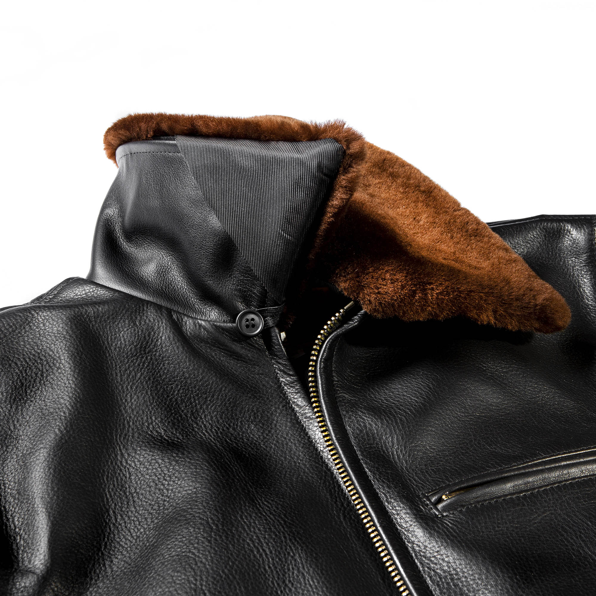 shangri-la-heritage-varenne-black-steerhide-shearling-jacket-still-life-collar-button
