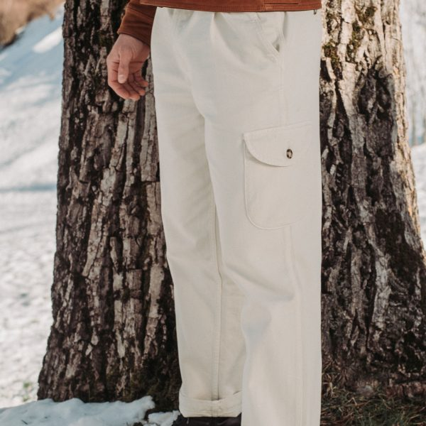 shangri-la-heritage-explorator-white-cotton-twill-pants-lifestyle-1
