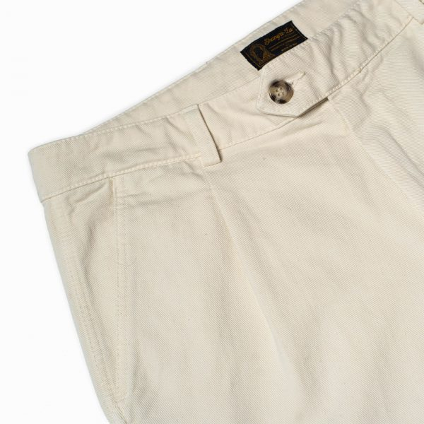 shangri-la-heritage-explorator-white-cotton-twill-pants-still-life-front-pocket