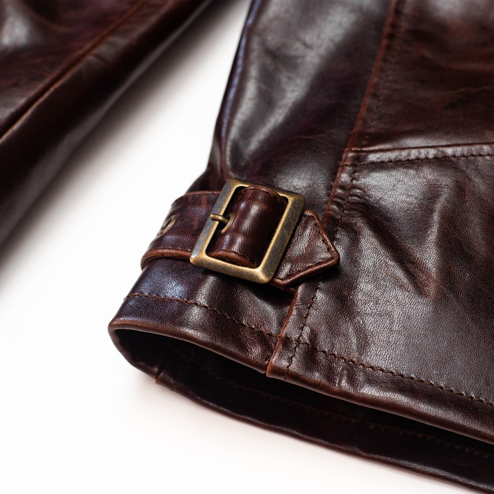 shangri-la-heritage-varenne-whiskey-horsehide-leather-jacket-still-life-adjustable-tab