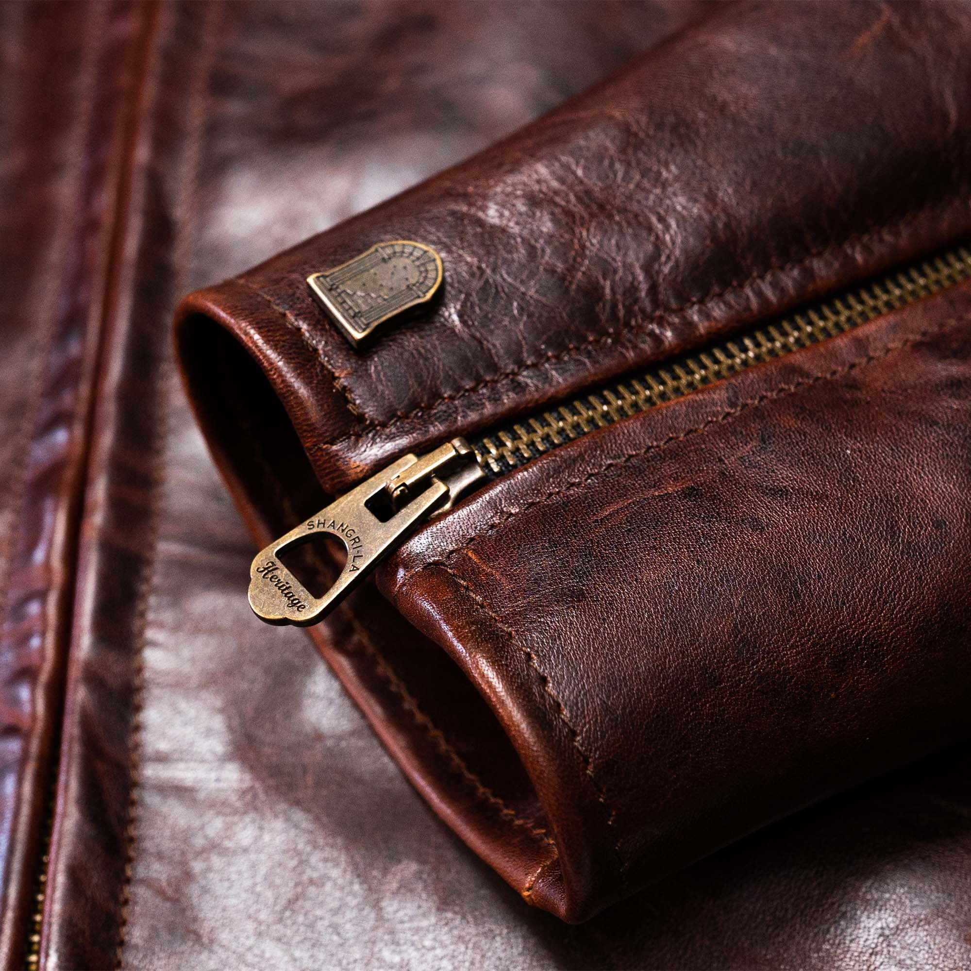 shangri-la-heritage-varenne-whiskey-horsehide-leather-jacket-still-life-cuff